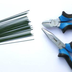 Werkzeug zum Befestigen von Wasserpflanzen auf Wurzeln